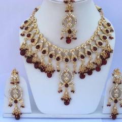 Набор индийских украшений в прокат. Залог 1300 руб. Прокат - 400