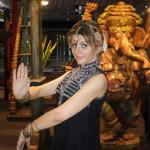 открытие фестиваля индийскими танцами