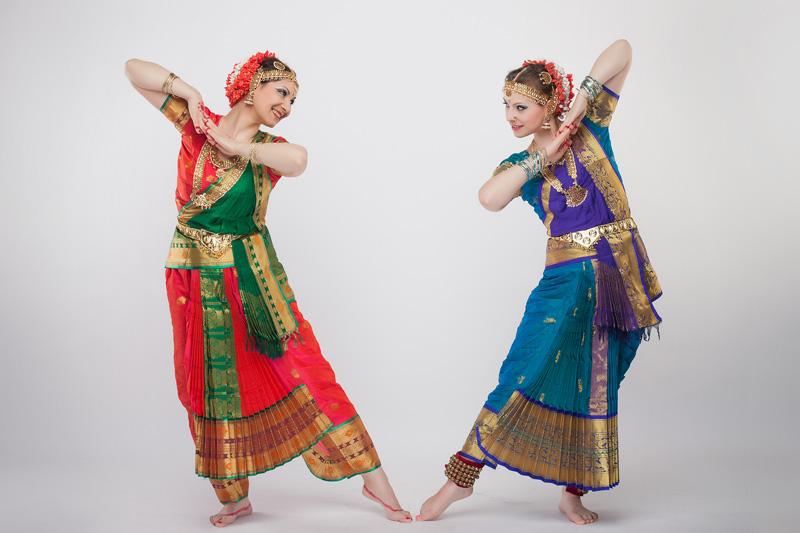 фото индийские танцовщицы
