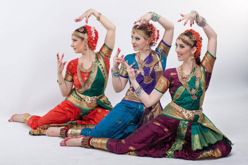 школа индийского танца в санкт-петербурге